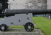 Puzzle Les canons de Navarone ?