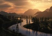 Photo de rivière au coucher du soleil
