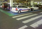 Jeu puzzle police