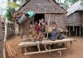 Puzzle village du RATANAKIRI (Cambodge)