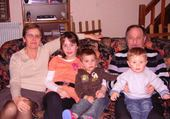 Jeux de puzzle : les grands parents petits enfants