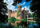 Jeux de puzzle : beau chateau