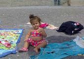 Jeux de puzzle : kenza à la plage