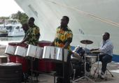 Jeux de puzzle : steel band