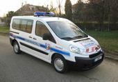 Puzzle en ligne Peugeot expert police