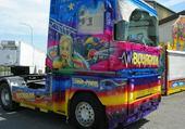 Jeux de puzzle : camion decor de fete foraine