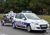 Puzzle Renault scénic de police
