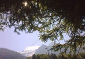 Puzzle Jeux de puzzle : Derrière, à droite, le Mt Blanc