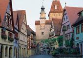 Puzzle village