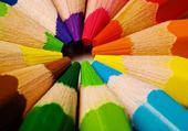 Jeu puzzle crayons de couleurs