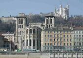 Jeux de puzzle : LYON - Fourvière et St Jean