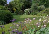 Beau coin de jardin