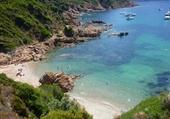 Petite plage en Corse