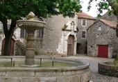 Puzzle village fortifié