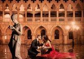 Aqua alta à Venise Le baiser