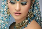 La Femme De Turquoise