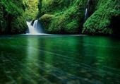 Puzzle Cascades