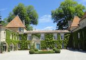 CHATEAU CARBONNIEUX GIRONDE