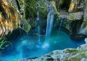 Puzzle magnifique cascade
