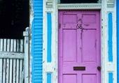 Façades - Pink Door