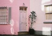 Puzzle Façades - Pink house