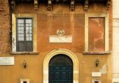 Façades - Ocre - Italy
