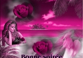 femme rêveuse sur fond rose