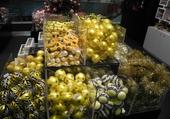 boules de Noel - jaune
