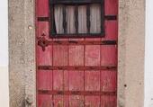Doors - Weathered red door - Port