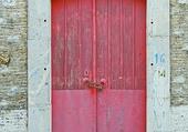 Puzzle Doors -P ink door