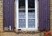 Windows - Rhone - France