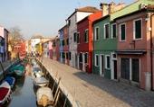 Puzzle façades colorées