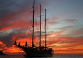 voilier coucher de soleil