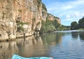 Sur la rivière.