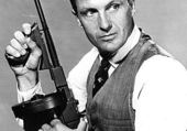 Robert STACK alias Eliot NESS