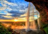 Puzzle waterfall
