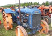 Tracteur roues increvables...