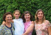 Puzzle 4 générations de filles