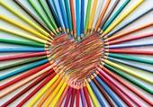 Puzzle coeur en crayon