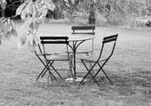 Puzzle chaises et table