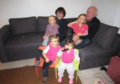 Avec les petites-filles.