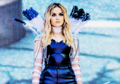 Little Mix - Perrie Edwards