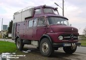 CAMPING-CAMION MERCEDES 710