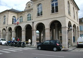 Marcher couvert mairie