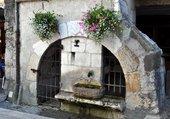 Puzzle Fontaine dans le vieil Annecy