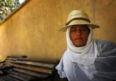 Puzzle femme afghane au chapeau