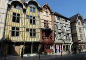 Puzzle Troyes - les maisons à colombages