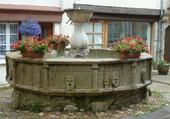A la claire fontaine....