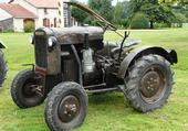 trés vieux tracteur