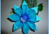 Origami bleu